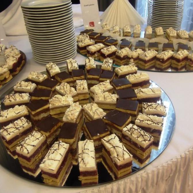 Házi sütemények
