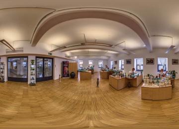 Látványmanufaktúra - Az eozingyártás története